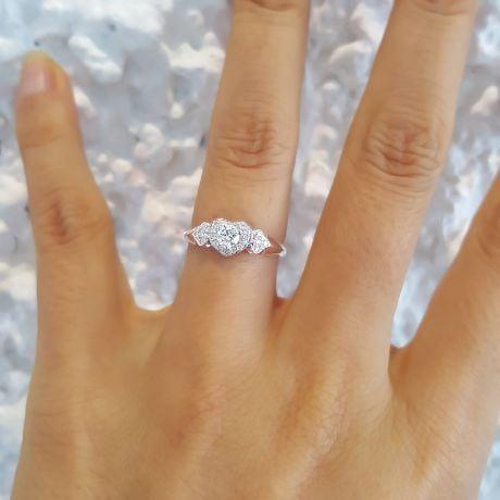 Bague Solitaire Coeurs Splendides - Platine & Diamants | Gemperles
