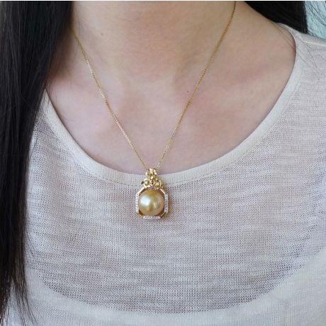 Pendentif parfum précieux -  Or jaune & diamants - Perle dorée