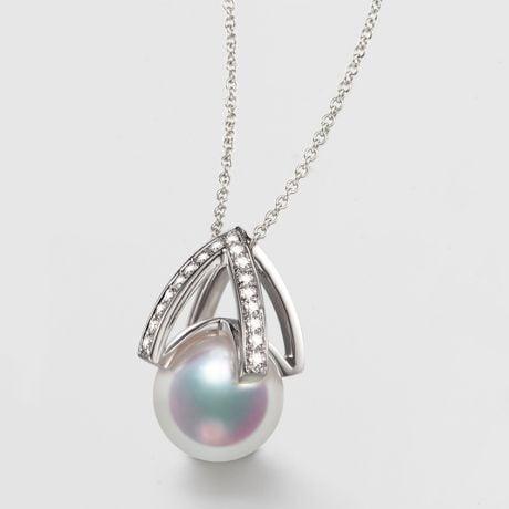 Pendentif perle Akoya Japon. Diamant, Or blanc I Masako