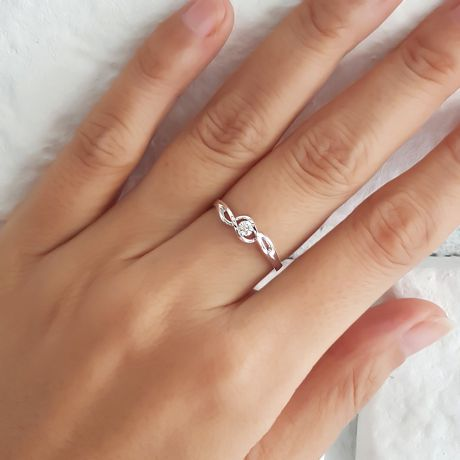 Anello di Fidanzamento Taylor - Platino & Diamante Solitario