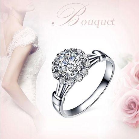 Bague de fiancailles solitaire accompagné, surplombé diamants - 0.38ct