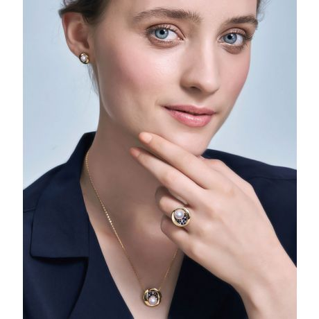 Anello con Perla Akoya Seiza - Diamanti, Zaffiri & Oro Giallo