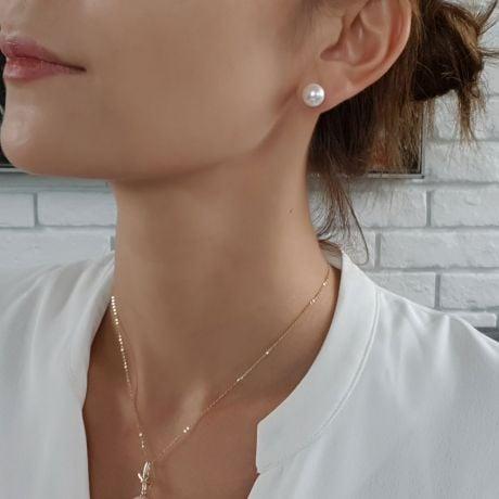 Orecchini Vesta - Perle d'Acqua Dolce Bianche 9/9.5mm AAA - A Lobo Oro Giallo