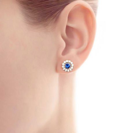 Boucle d oreille bleu de Médicis - Saphir, or blanc, diamant