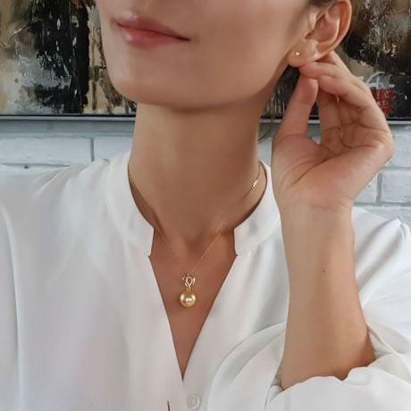 Pendentif pétale - 2 pétales superposées - Perle d'Australie, or jaune