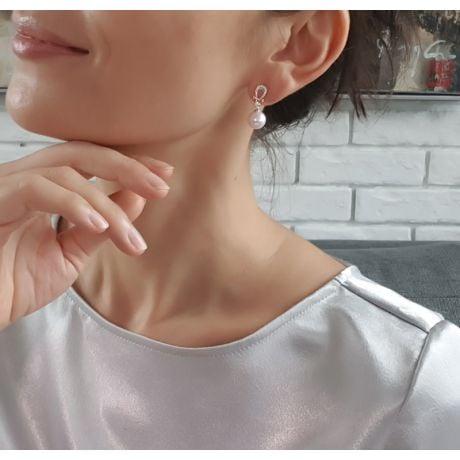Boucles d'oreilles bambou. Or blanc, perles et diamants