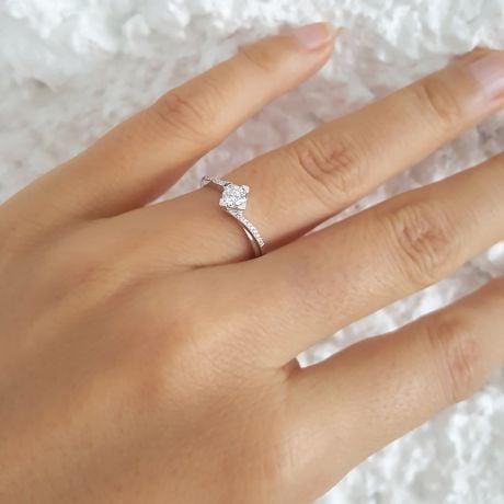 Bague Solitaire Bordure Diamantée Périclès - Platine | Gemperles