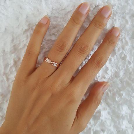 Fede Nuziale da Donna Constance - Oro Rosa e Diamanti