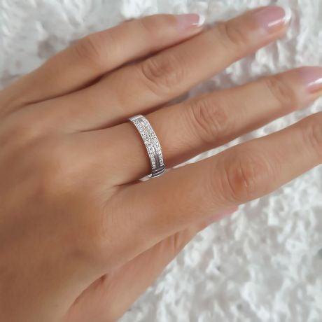 Alliance biseautée femme - Or blanc - pavage Diamants