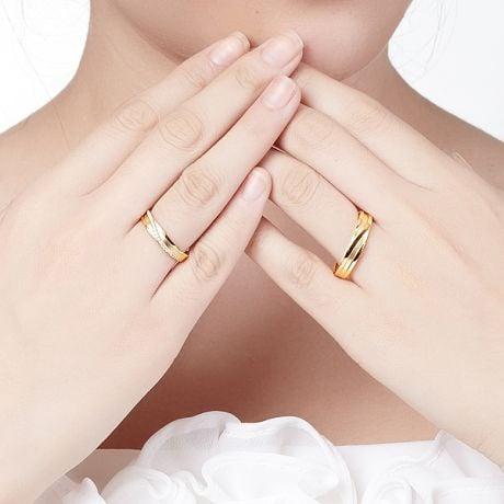 Coppia di Fedi Nuziali Extase & Eolas - Oro Giallo 18ct & Diamanti | Gemperles