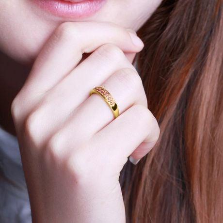 Anello in oro giallo mezzo giro di rubini - Pavé su due file di gemme