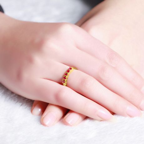Anello rubini e diamanti - Sofisticato e glamour - Oro giallo