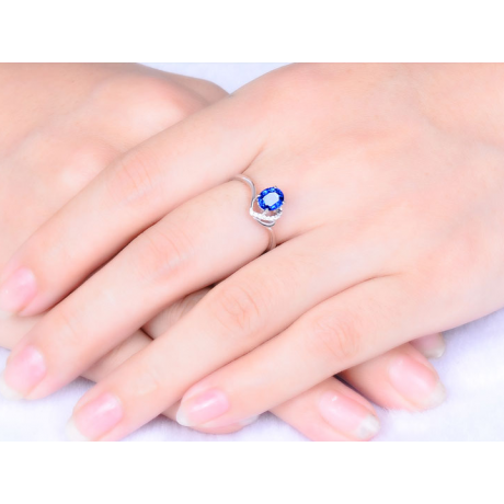 Bague Solitaire - Saphir et Diamants - Or blanc 18 carats