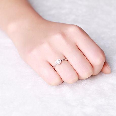 Anello di Fidanzamento Cuore di Diamante - Solitario Oro Bianco 18kt e Diamante | Gemperles