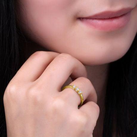 Bague trilogie moderne - Diamants 0.12ct, or jaune 18cts