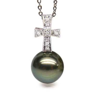 Pendentif croix romaine - Perle de Tahiti - Or blanc, diamants