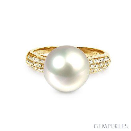 Bague Perle Culture Eau Douce Blanche. Or Jaune Diamants