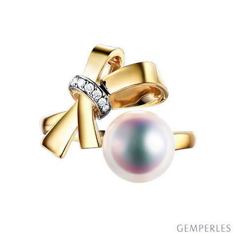 Bague Noeud avec Ganse. Perle Akoya, Or jaune et Diamants