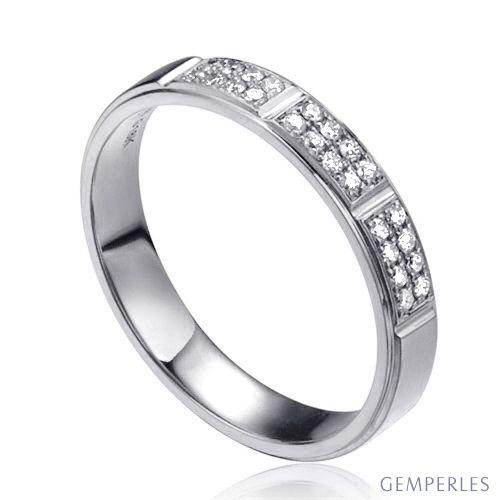Alliance biseautée femme - Or blanc pavage diamants
