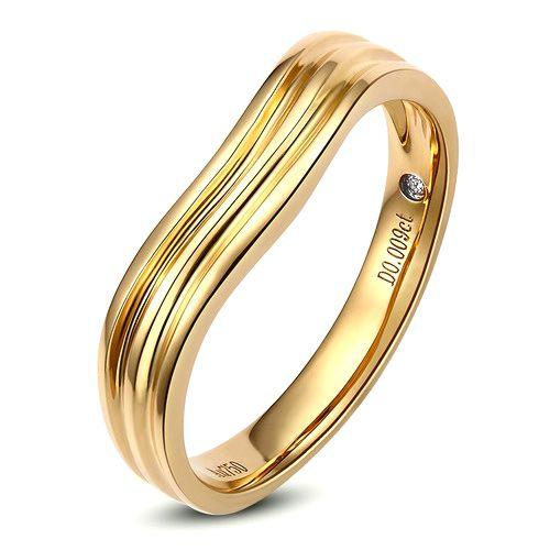 Alliance ondulée motifs striés - Or jaune 18cts - Diamant - Femme   Désir