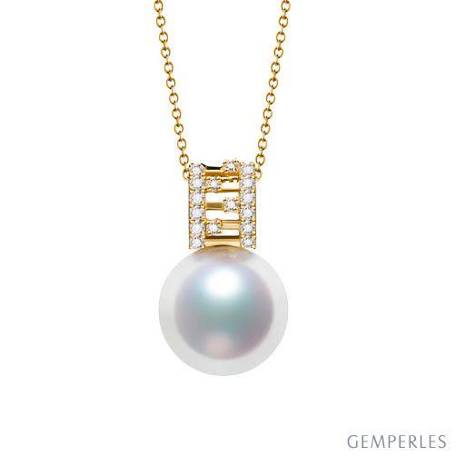 Pendentif Mikiko perle Akoya du Japon. Or jaune, diamants