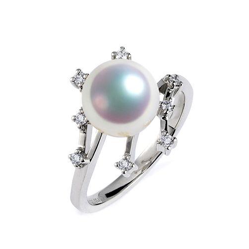 Bague Étoile des neiges. Perle Akoya, Or blanc, diamants