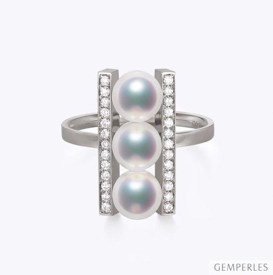 Bague 3 perles Akoya. Monture rail. Or blanc, Diamants