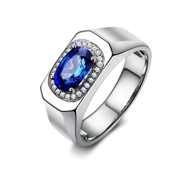 Chevalière Homme Or blanc.  Saphirs, diamants 2.17ct