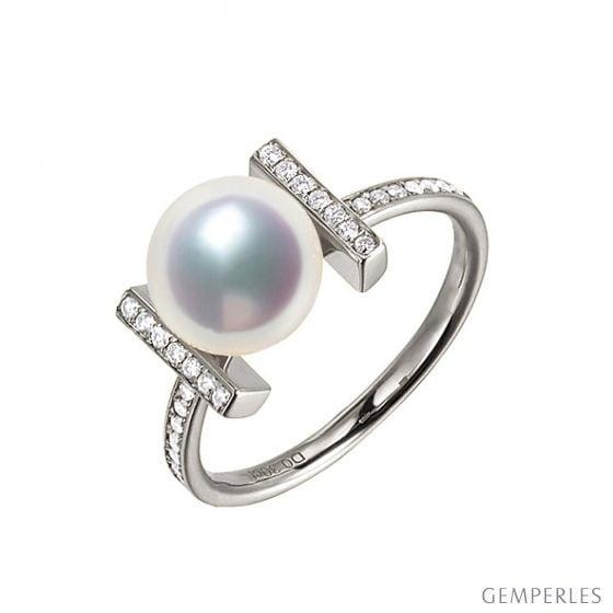 Bague monture rail. Or blanc, Diamants sertis et Perle Akoya