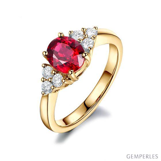 Bague Fiançailles Rubis, Diamants, Or jaune. Douce France