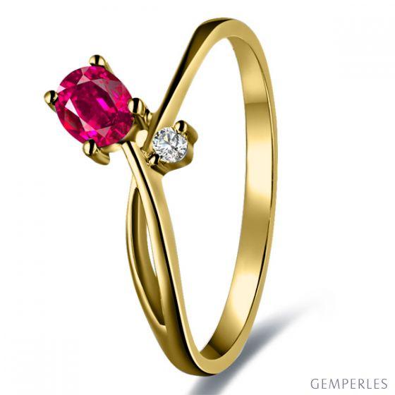 Bague en mouvement croisé - Rubis, diamant et or jaune