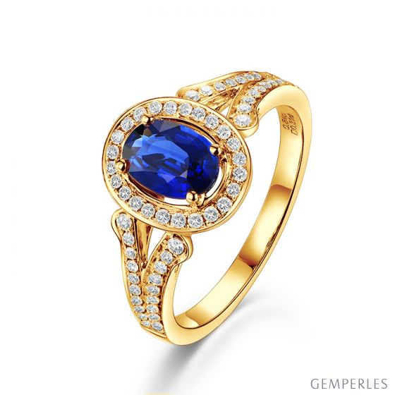 Bague fiançaille saphir ovale 1 carat. Or jaune. Pavage diamants