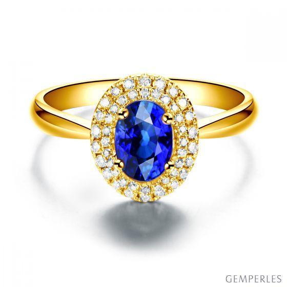 Bague de fiançailles ovale. Or jaune, saphir 0.50ct et diamants