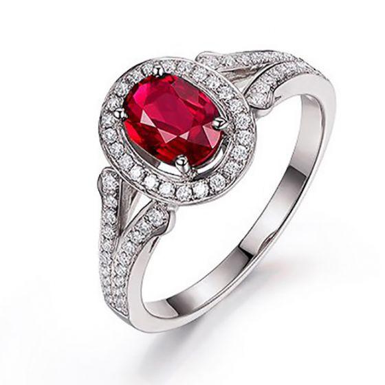 Bague Mogok, rubis de Birmanie.  Or blanc et diamants   Mogok