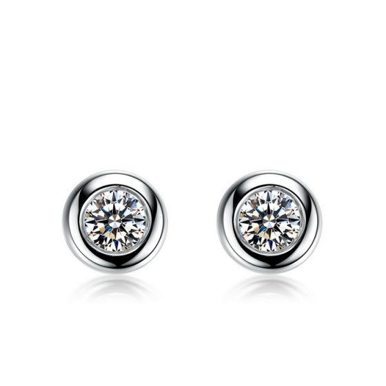 Puces diamants serties clos 0.20ct. Or blanc. Carat personnalisable