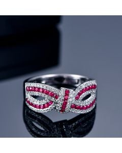 Bague Mandalay I Noeud Or blanc, Rubis, Diamant
