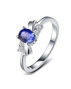 Bague saphir solitaire - Or blanc 18 carats - Sertissage diamants