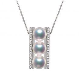 Pendentif 3 perles Akoya. Barettes or blanc sertis diamants. Otohiko