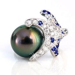 Anello Fatu Hiva - Oro Bianco, Diamanti e Perla di Tahiti