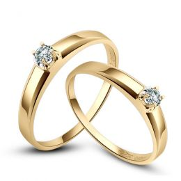 Alliances classique Couple. Solitaires Or jaune. Diamants