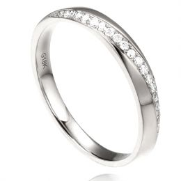 Alliance Femme platine, diamants. Ondulation