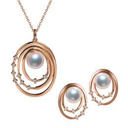 Pendentif et Boucles Kaneo. Perles Akoya, Or rose, diamants. Motifs cerclés