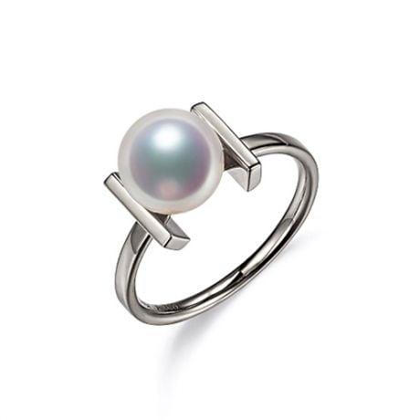 Bague moderne perle Akoya du Japon et or blanc 18 carats