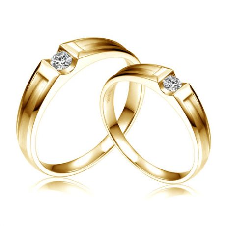 Alliances Couple. Or jaune. Diamants 0.160ct