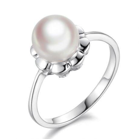 Bague fleur charnelle. Or blanc, perles Akoya Japon