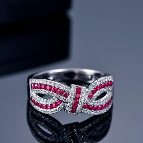 Bague Mandalay I Noeud Or blanc, Rubis, Diamant
