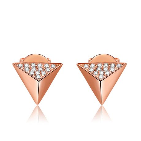 Boucles oreilles clous forme pyramidale. Or rose, diamants