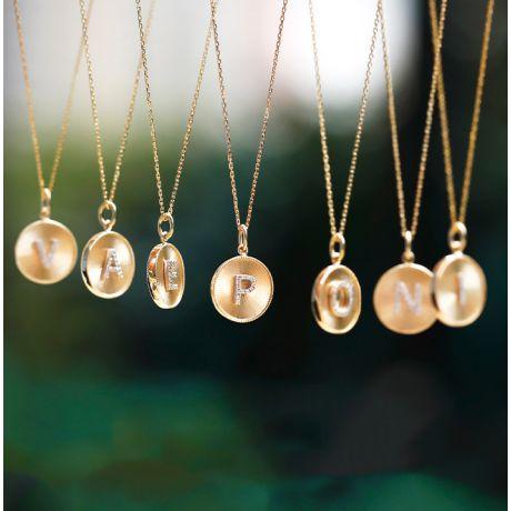 Ciondolo Lettera Alfabeto - Medaglia in Oro 18ct & Diamante VS/G | Gemperles