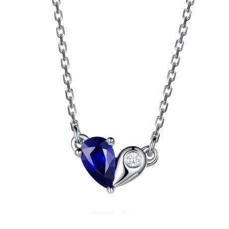 Pendentif coeur saphir et diamant. Or blanc avec sa chaîne