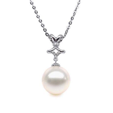 Ciondolo Fiocco Classico - Oro Bianco, Diamanti e Perla d'Acqua Dolce